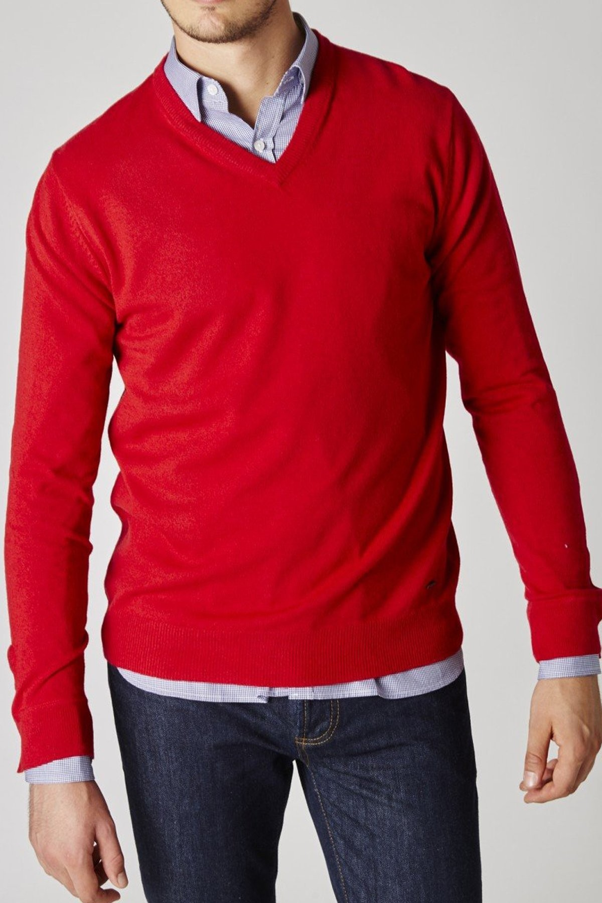 Pull Triomphe Rouge col V