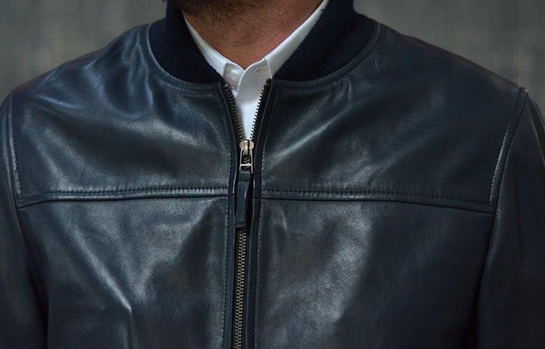 Zoom produit mac veste cuir marine
