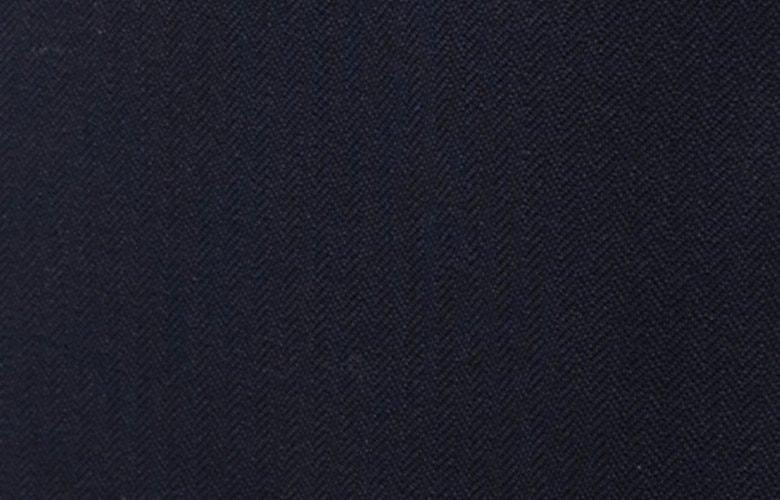 Zoom matière pantalon magot marine
