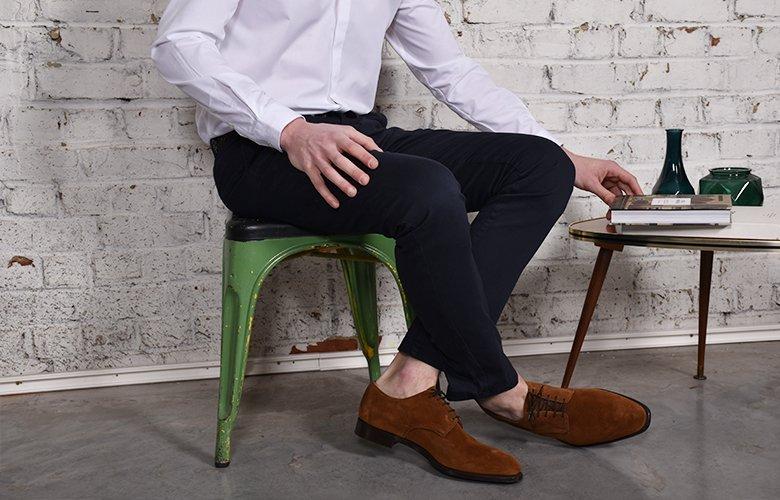 comment porter son pantalon slack bleu marine