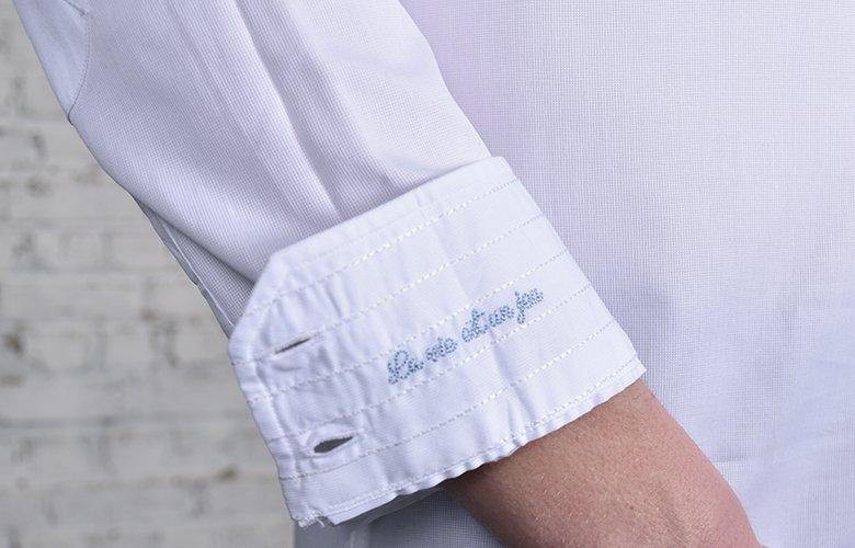 Un look chemise casual : la chemise Wheel